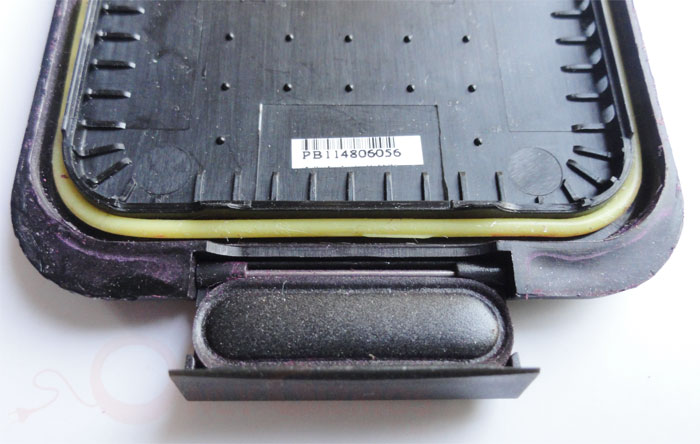 Lifeproof Rugged Waterproof Cover For Iphone 4 4s Holi Review