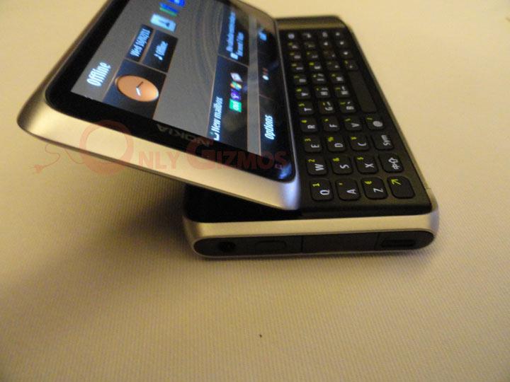 Nokia E7, Our First Impressions
