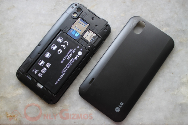 LG Optimus Black P970 Back