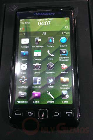 Blackberry 9860 Torch Front