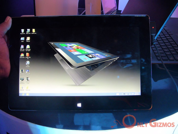Asus Taichi Windows 8 tablet laptop hybrid