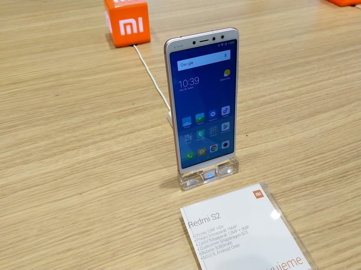 Xiaomi Redmi S2 Real with Specs